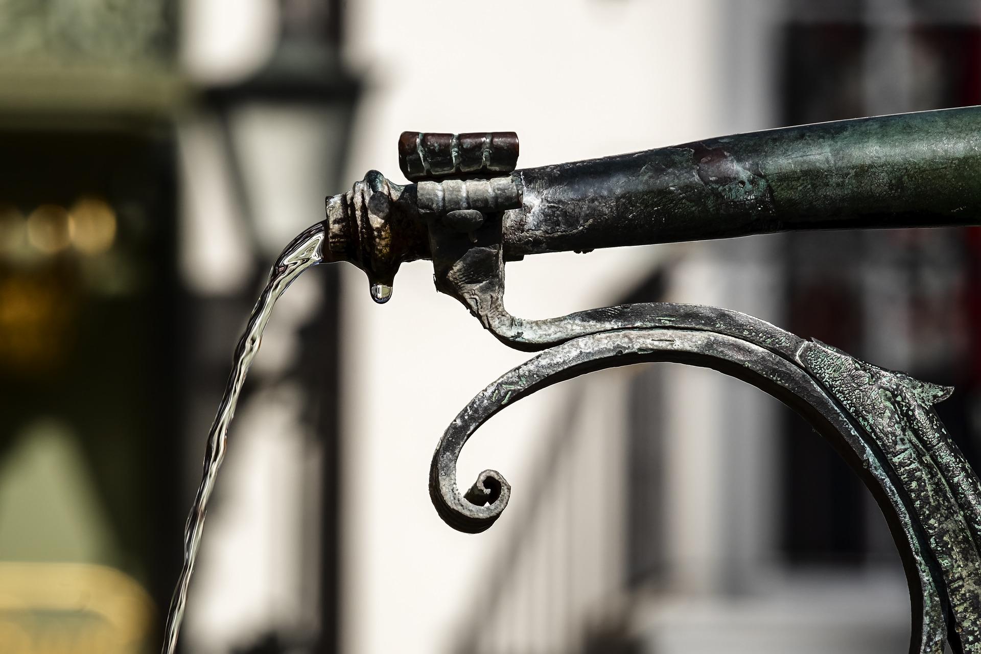 Faucet shooting water